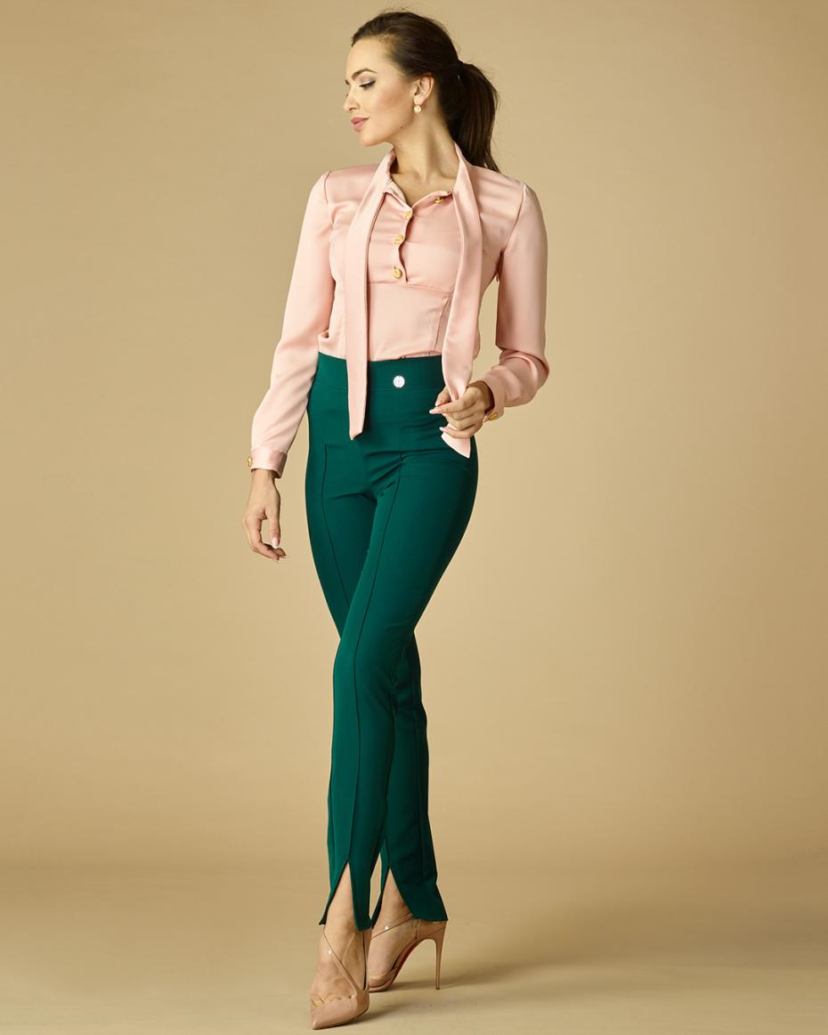 """{""""bg"""":""""Риза в цвят пудра"""",""""en"""":""""Pale pink button-up shirt""""}"""